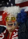 这位美国球迷很喜庆