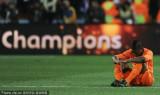 荷兰球员伤心坐地