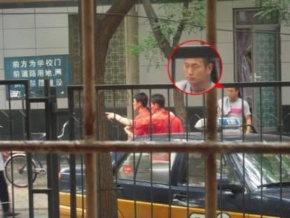 郑大世与队友现身北京烤肉馆朝鲜众将东大桥露面(图)