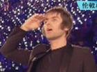 视频-前绿洲成员Beady Eye演唱《Wonderwall》