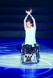 刘岩:摔倒是不幸的没人有资格指责和质疑刘翔