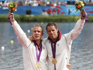 男子双人皮艇1000米匈牙利选手夺金