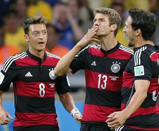 世界杯-穆勒头筹克洛泽创纪录德国7-1巴西进决赛