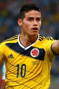 世杯-妖星两球领跑射手榜哥伦比亚2-0淘汰乌拉圭