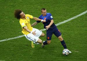 白岩松:巴西两场赶上中国队1-7惨败德国不是偶然