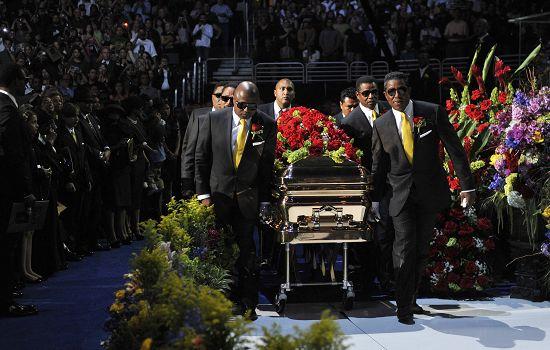 杰克逊追悼会流量不及奥巴马就职礼