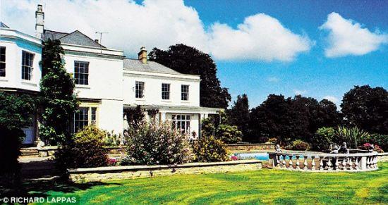 艾维在英国的豪宅