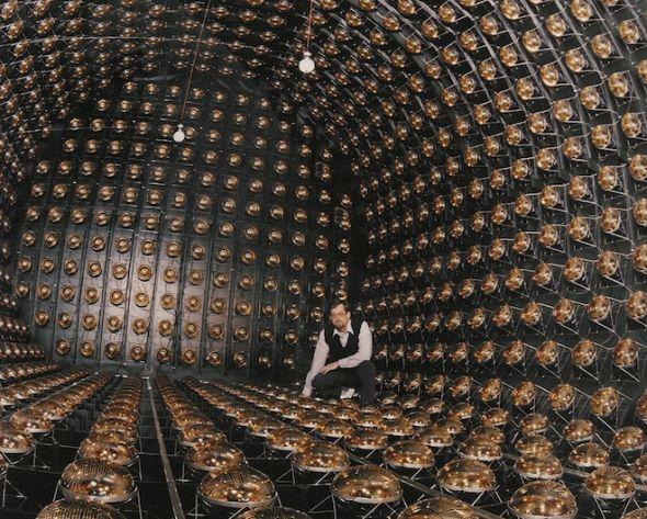 中微子9abz`'n_液体闪烁器中微子探测器实验