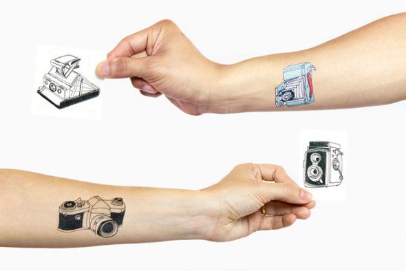 Tattly相机纹身贴纸