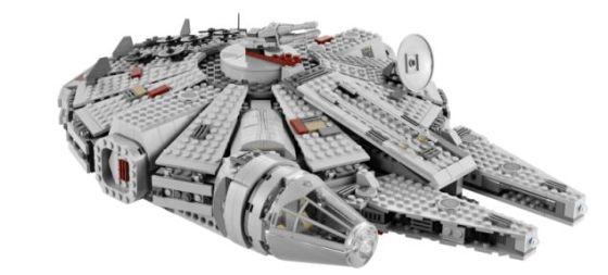 """使用乐高拼装玩具拼出的""""千年隼""""号飞船。《星球大战》中,""""千年隼""""号能够进行超光速飞行"""