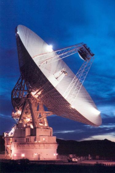 口径70米的戈德斯通天线,美国宇航局使用这台天线对小行星2012 DA14进行雷达跟踪观测