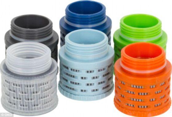 这些用于塑料水容器的过滤装置的设计灵感来自美国宇航局技术。