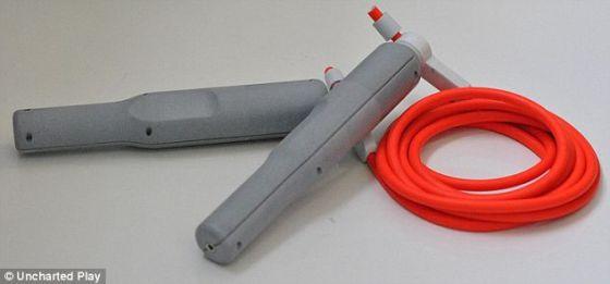 这家公司还发明了脉冲跳绳,它收集动能的方式与Soccket类似,这种跳绳能为小电子产品充电。脉冲跳绳售价129美元