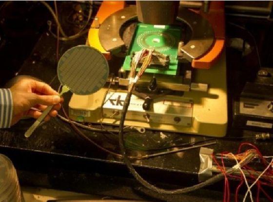 世界第一台碳纳米管计算机建成