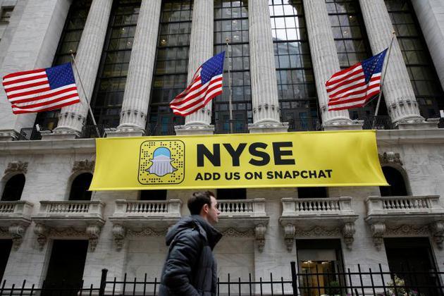 Snapchat上市后的隐忧:Facebook排挤 海外市场乏力