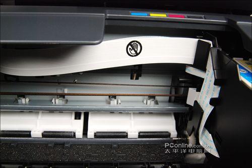 用户如果想了解打印机内部工作情况,可以把扫描单元架在一级支架上