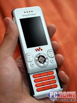 动感时尚索爱滑盖音乐手机W580评测