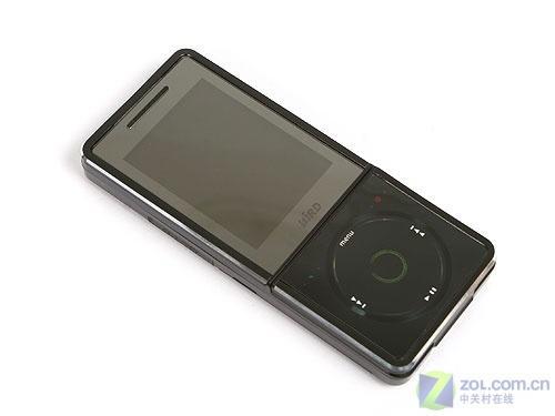 炫酷黑色外观波导学生音乐手机F520评测