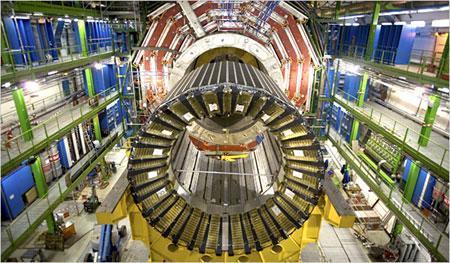世界最大对撞机有望揭开上帝粒子之谜(图)