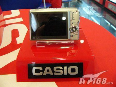 支持拍摄视频卡西欧S880小跌至1580元