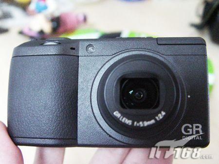 经典定焦数码相机理光GRDII仅售3990