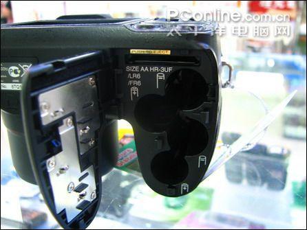 12倍光变长焦机富士S1000fd仅1850元