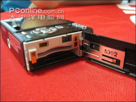 1200W像素超薄卡片宾得S12报价2680元