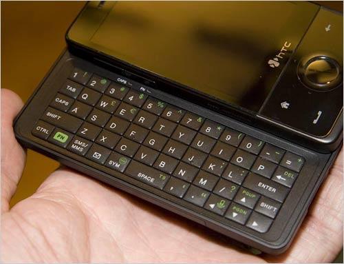 比钻石强悍HTC侧滑TouchPro真机品鉴