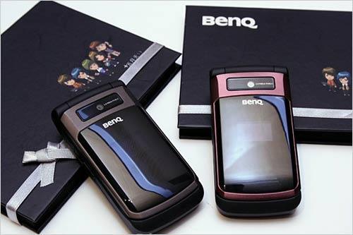 圆润时尚3G手机折叠明西E55正式发布