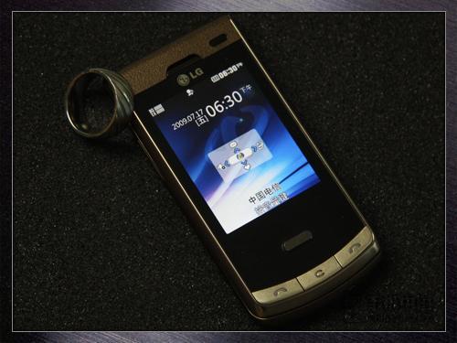 金彩变身LG电信3G滑盖机KV755评测