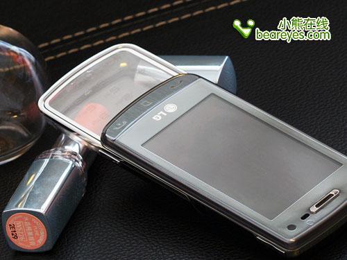 美艳极致LG魔幻手机GD900再爆新低