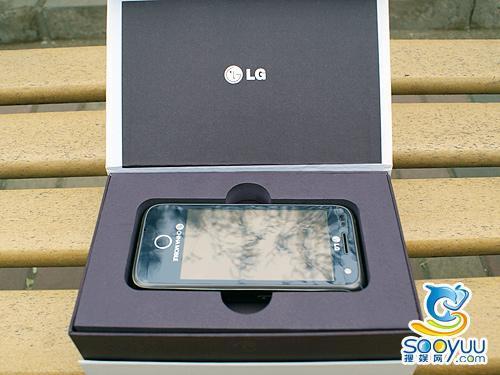 624MHz处理器LG触屏3G手机GW880评测