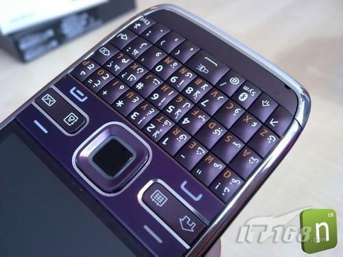E系列虎年首作诺基亚E72紫色真机曝光