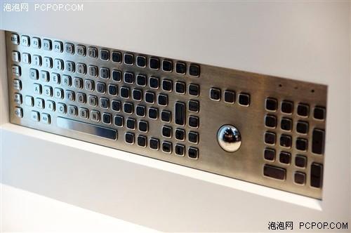 鼠标以外,dsi还有针对于发烧友们使用的机械式键盘.