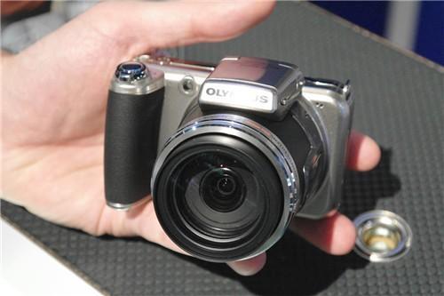 30倍光学变焦镜头奥林巴斯SP800降至2680
