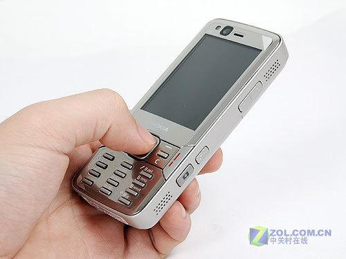 经典拍照S60机王 诺基亚N82特价1480元