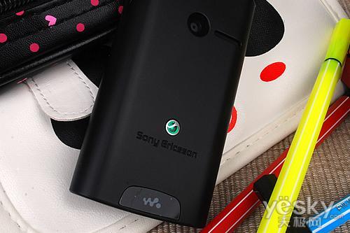 触控Walkman手机索尼爱立信W150评测