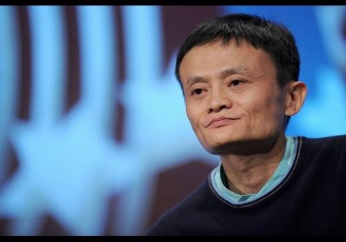 中国阿里巴巴集团创始人马云,47岁,该公司是中国最大的电子商务网站。