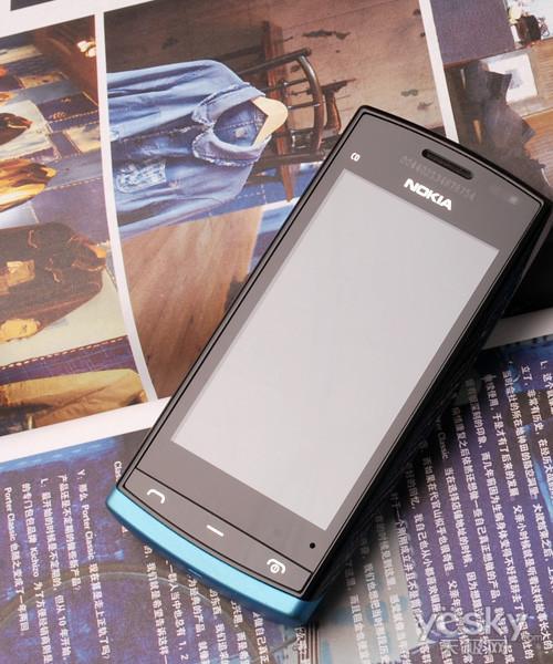 C5-03接班人诺基亚1Ghz主频手机500评测