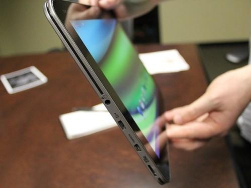 东芝推高端平板ExciteX10规格超越iPad2