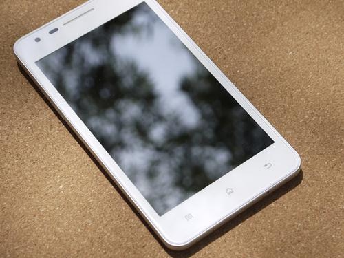 白色版OPPO Finder将出炉 价格或稍高