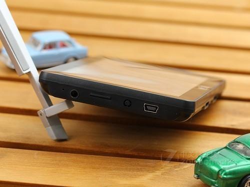 神行者 Z20(8GB) 接口图