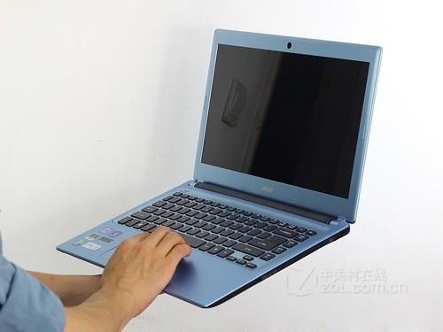 Acer V5-471G天空蓝 外观图