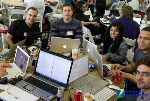 """微软""""编程马拉松""""吸引万名学生开发者"""