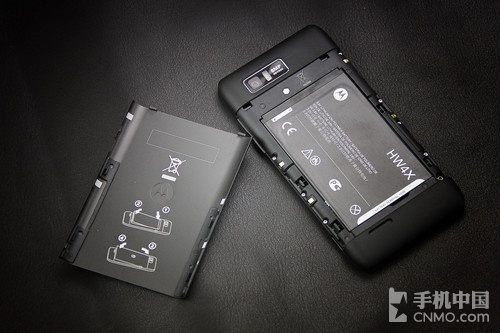 2.0GHz强芯1GB RAM 摩托罗拉MT788评测