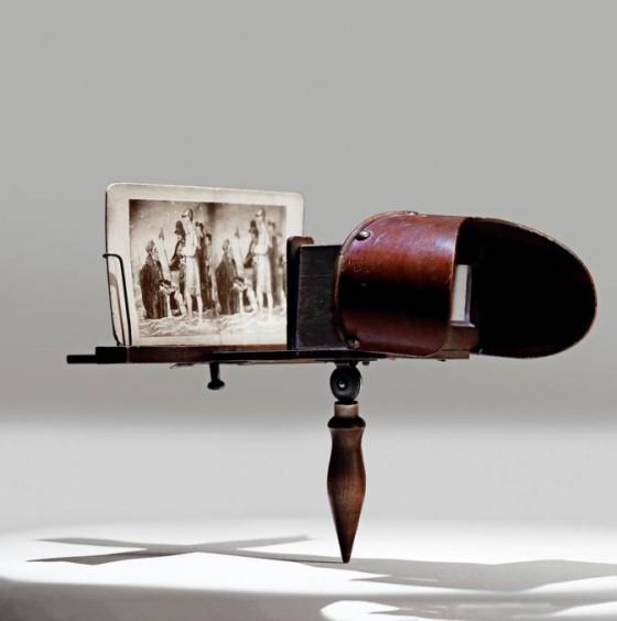 """十九世纪立体观片箱:立体照等同""""电视"""""""