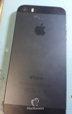 iPhone 5S原型机曝光 更大电池双LED灯