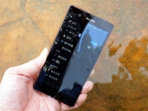 2K屏/3GB RAM 索尼两款超旗舰手机曝光