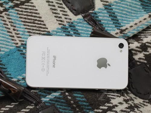 iPhone 4S 白色 背面图