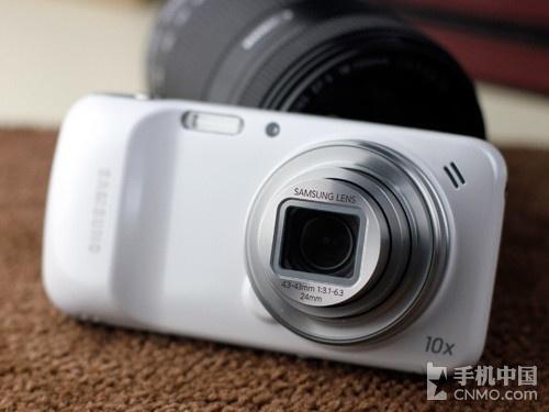 10倍光变镜头 Galaxy S4 ZOOM上市首降